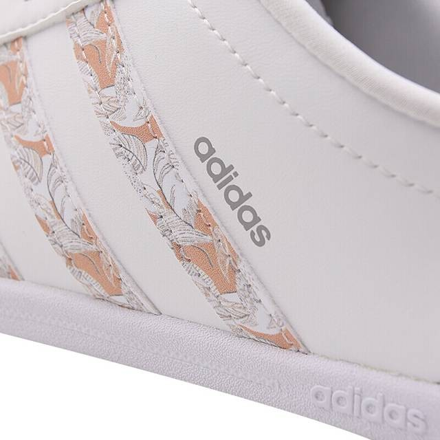 chaussure adidas femme coneo