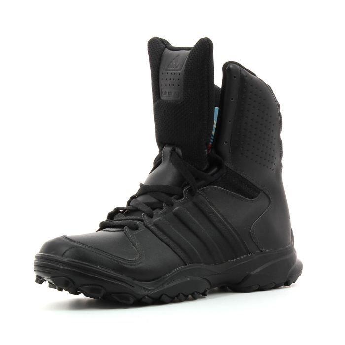 chaussure adidas intervention