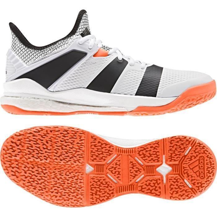 Soldes > adidas chaussure de handball > en stock