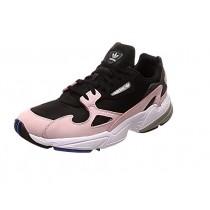 chaussure adidas femme noir rose